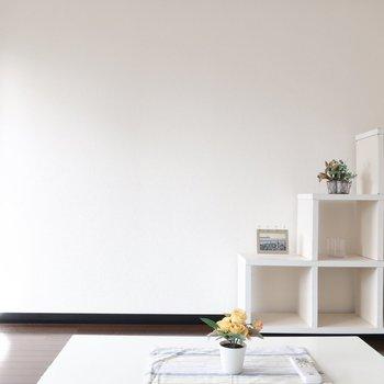 シェルフにはかわいい雑貨を♥(※写真は6階の同間取り別部屋、モデルルームのものです)