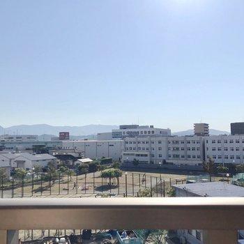 青空が広がります。起きたら1番に日光浴したいな。(※写真は5階の別部屋からのものです)