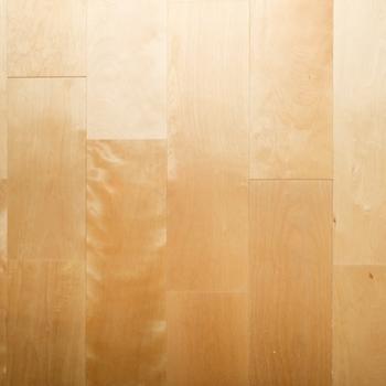 【イメージ】さらさらなバーチの無垢床