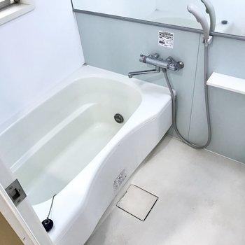 追焚付きのゆったりお風呂、バスタイムを楽しもう!(※写真は4階の同間取り別部屋、清掃前のものです)
