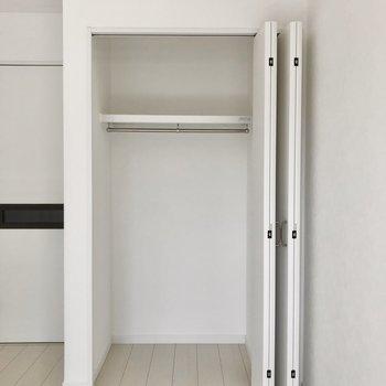 こんな開け方もできます。※写真は1階の同間取り別部屋のものです