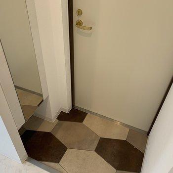 ミニマム玄関の土間デザインが可愛い♪