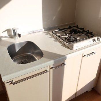 シンクが小さいから洗い物はこまめにしましょ