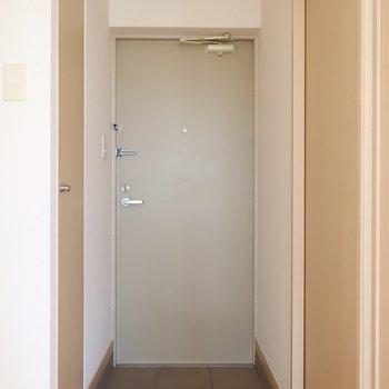 スッキリとした玄関です