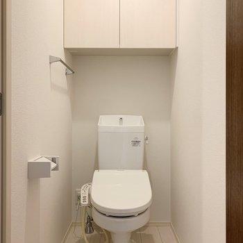 温水洗浄便座のトイレが嬉しいですね。