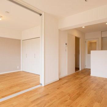 見晴らしのいい10階のマンションに無垢床…贅沢です!