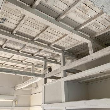 改めて天井を。素敵だ。
