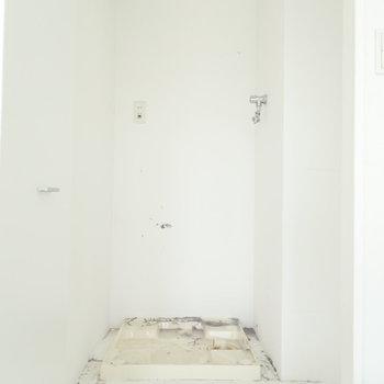 洗濯機は扉の中なので、来客時にも隠せます!