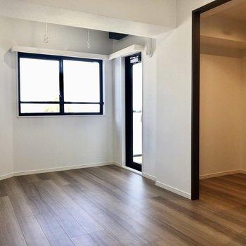 開放感を感じるお部屋!※写真は4階の同間取り別部屋のものです