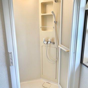 2階にシャワールームがあるんです!
