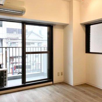 角部屋なので横にも窓。風通しもいいんです!