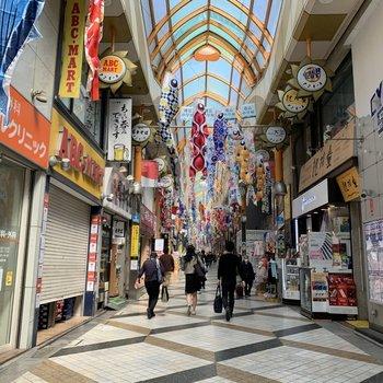 アーケード商店街の中野サンモールを通って行けますよ〜
