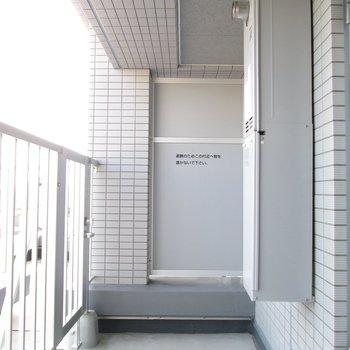 バルコニー付きです。広くて使いやすそう◯※写真は3階の反転間取り別部屋のものです