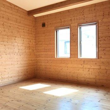 最後の洋室も6帖!どこも天井高いなぁ…