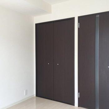 2つ並んで背比べ※写真は3階の同間取り別部屋のものです