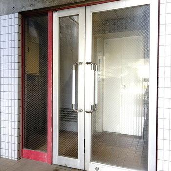 3階まではエレベーターでひとっ飛び。