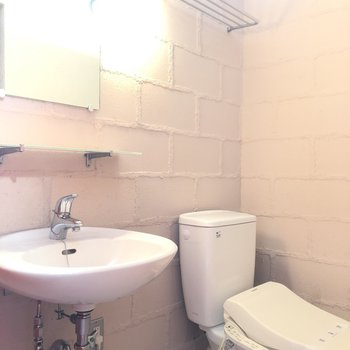 ウォッシュレットがついたトイレ