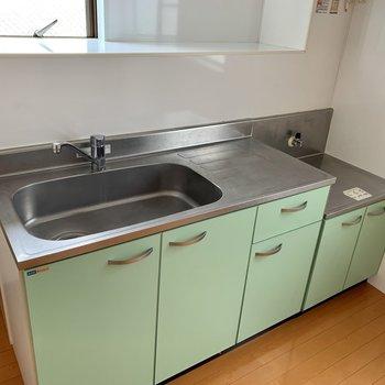 【DK】大きめシンクで洗い物がしやすいですね。