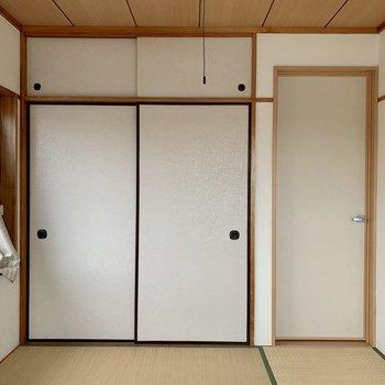 【和室】広さの目安としてはダブルベッドが置けるくらい。