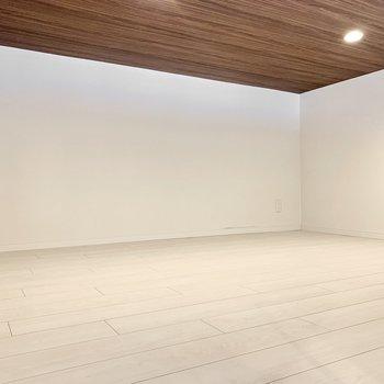 ロフトは寝室に十分な広さ◎
