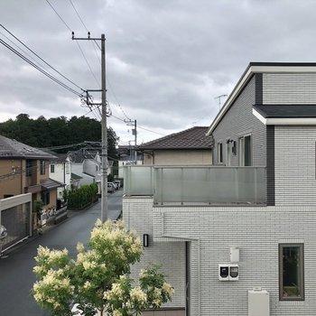 閑静な住宅街にあります。