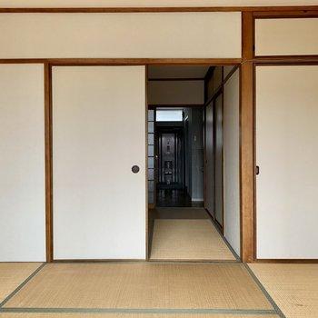 和室⓶】お部屋をDKまで繋げるとそこそこの広さでした(※写真は5階の反転間取り別部屋のものです)