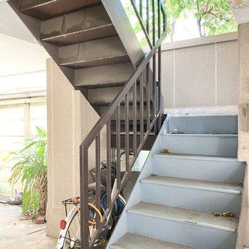 階段幅などご確認くださいね。