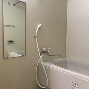 浴室乾燥機がついています