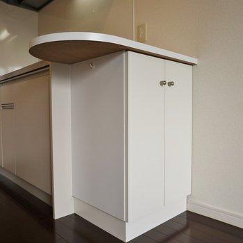 ここには炊飯器でも置こうかな?※写真は同タイプの別部屋。