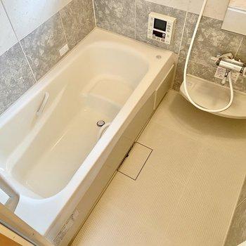 洗い場もゆったり。ついつい長風呂してしまいそう。