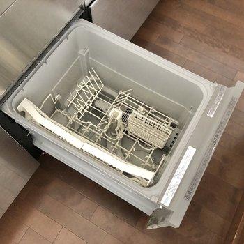【LDK】食洗器も備え付けです。