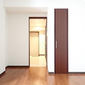 カクカク部分が多めです。※写真は6階別部屋・同間取りのものです。