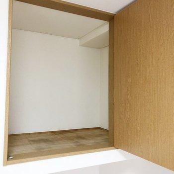 収納はこちら。お洋服の収納スペースとしてgood