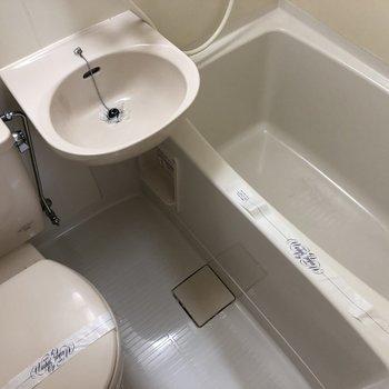 3点ユニット。トイレもお風呂もささっと済ませられて便利です!