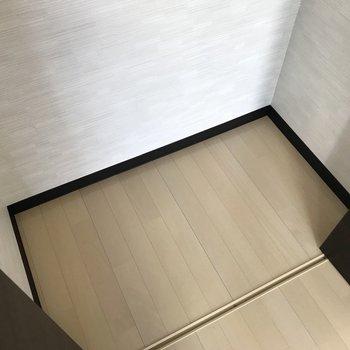 【洋室】中はゆったりとしたスペースが。※写真は3階の同間取り別部屋のものです