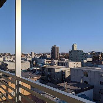 6階なのでベランダからの見晴らし最高!