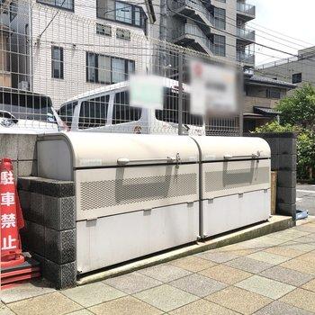 入居者専用ゴミステーションも敷地内に。