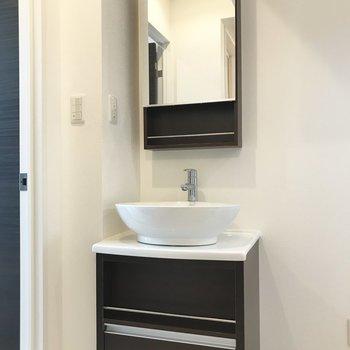 デザイン性のある洗面台。