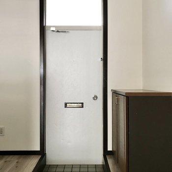 玄関からお部屋が丸見えなのでいつも片付けておきたいな