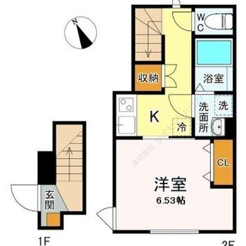 階段がついている1Kのお部屋です