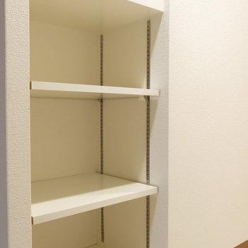 靴はこちらに!(※写真は8階の同間取り別部屋、モデルルームのものです)