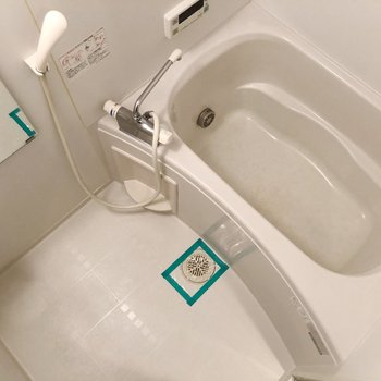 自動お湯はり機能がついているので、水道代の節約にもなりますよ〇