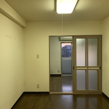 【工事前】壁を取り払い、広いリビングになります