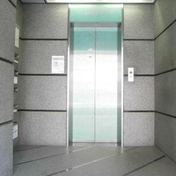 エレベーターもあるので5Fでも安心♪