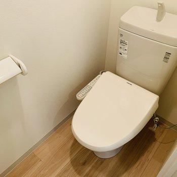 おトイレはウォッシュレットついてます