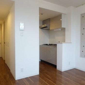 設備充実のワンルーム(※写真は4階の同間取り別部屋のものです)