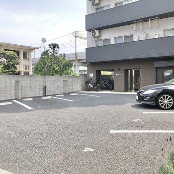 駐車場もあります。(空き要確認)