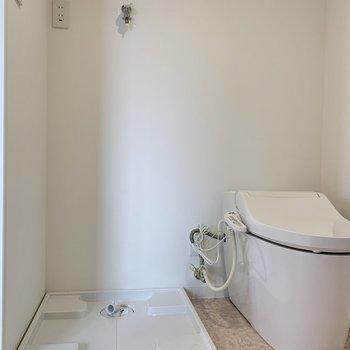 トイレも真新しくぴかぴか。