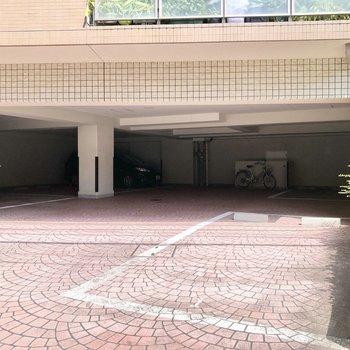 駐車場は空き要確認です。