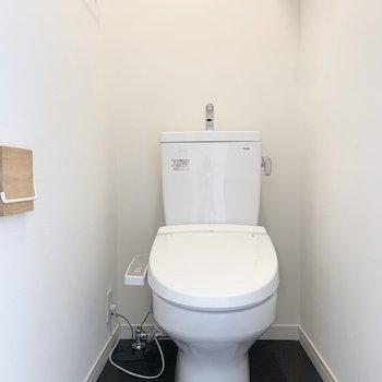 トイレはゆったり。